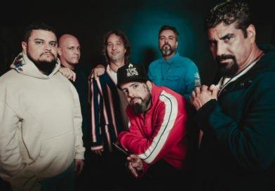 Detonautas Roque Clube e Pelé MilFlows juntos em Ilumina o Mundo